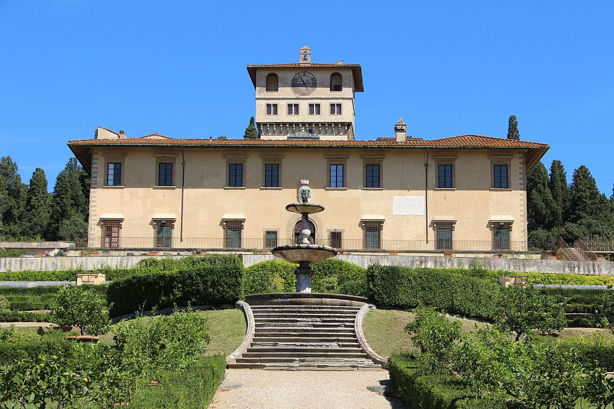 Medici Villas Guided Tour :: Full Day Tour with Paola Migliorini