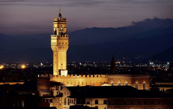 Florence Tour - Palazzo Vecchio by night